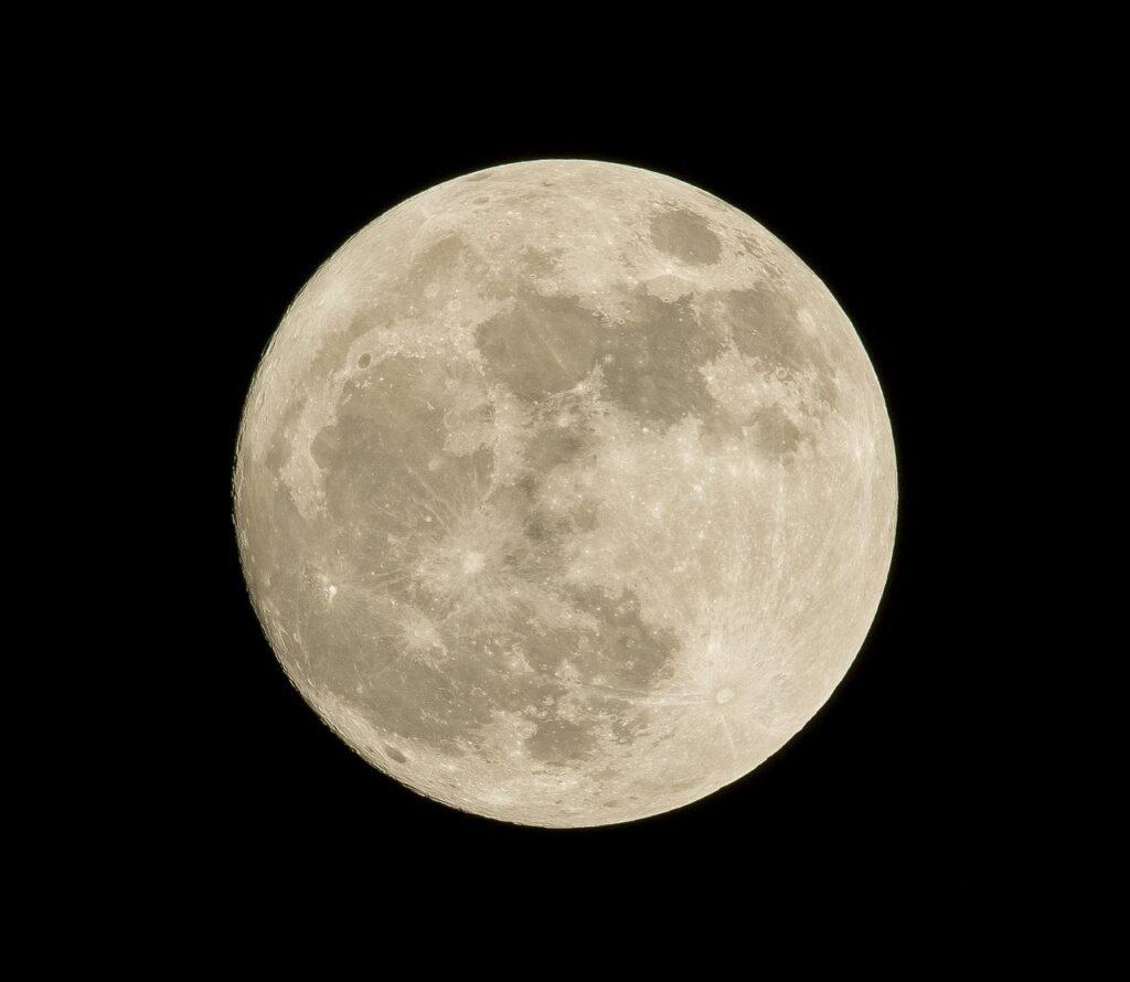 Luna llena de Maíz o de la cosecha. Calendario astronómico.